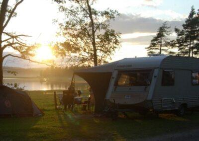 camping i solnedgang